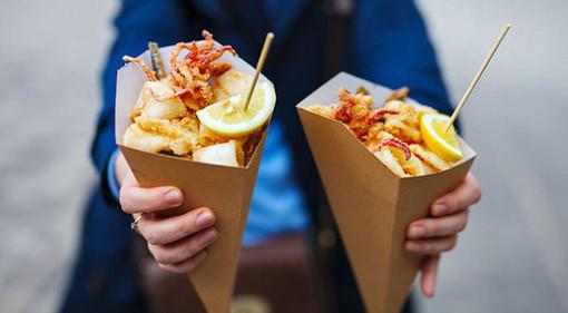 """Street food e musica dal vivo con """"Italiana, le canzoni più belle"""""""