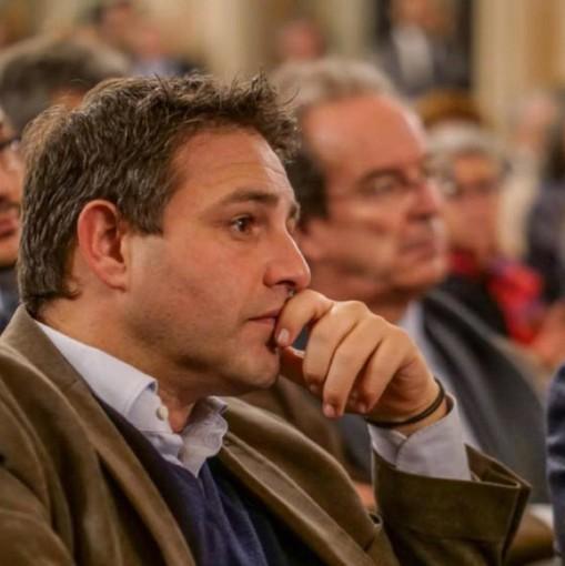 Astuti (Pd): «La Regione ha accolto la nostra proposta di acquistare i macchinari per processare più facilmente i tamponi come in Veneto»