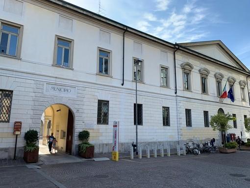 Legionella a Busto, parla il sindaco: «Quindici casi sotto osservazione, nessuno è in pericolo. Stiamo tranquilli»
