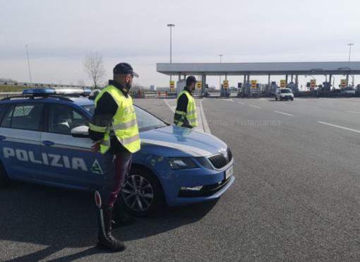 Contromano per 40 chilometri sulla Torino-Milano con un tasso alcolemico 6 volte oltre i limiti