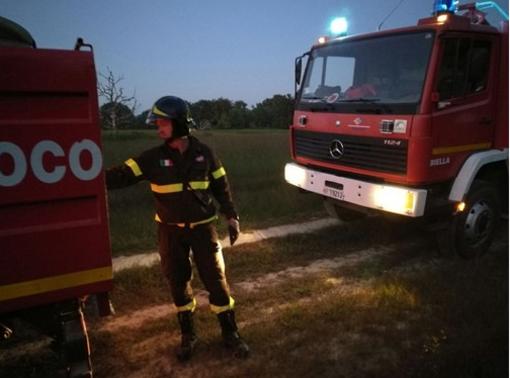 Tragedia sull'A4 vicino a Novara, uomo si dà fuoco sotto a un cavalcavia