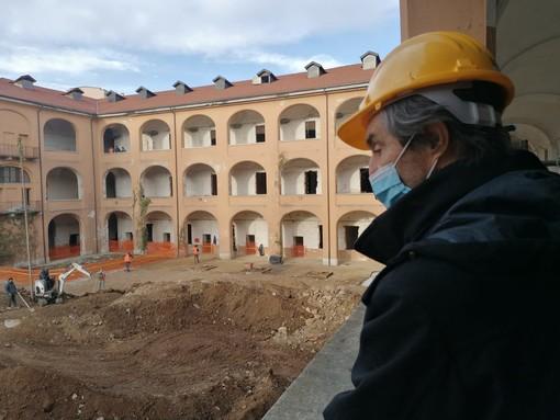 Sopralluogo del Governatore Fontana alla Caserma Garibaldi: «È stato un lungo percorso. Varese avrà un luogo di pregio dedicato alla cultura e all'aggregazione»