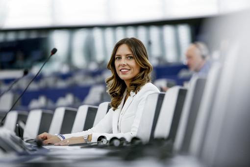 L'eurodeputata Tovaglieri presenta un'interrogazione alla commissione Europea in merito alla Plastic Tax