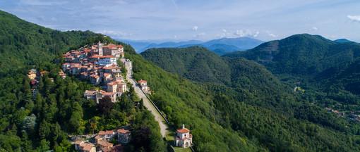 Un motivo in più per salire al Sacro Monte: domani c'è la Festa delle Rose