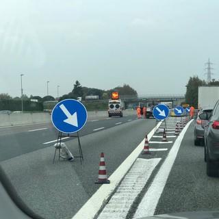 Un'altra settimana di lavori notturni sull'autostrada A8, diversi i tratti interessati e le chiusure