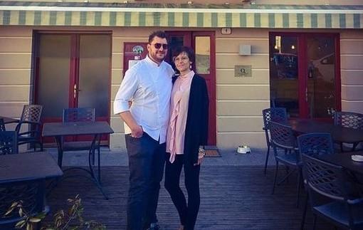 Dopo un anno nelle Langhe, Davide Aviano e la moglie Annalisa sono tornati a Varese. Da pochi giorni, lo chef lavora al Pinocchio 1826, ristorante dell'Art Hotel