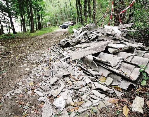 «Troppa sporcizia per le strade, troppa inciviltà e indifferenza»: la denuncia del sindaco di Brenta