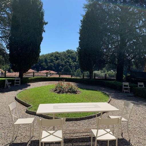 Besozzo, il giardino del Comune diventa un'aula studio all'aria aperta