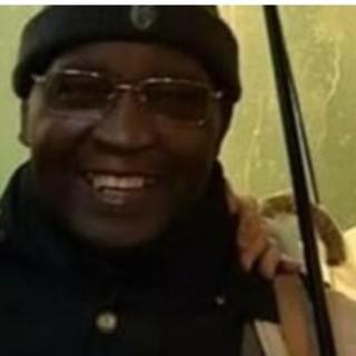 Ciao Cico, sono uno di quelli cui dispensi sorrisi. La solidarietà di Varese è un ombrello più grande di quelli che volevano rubarti