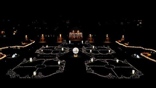 VIDEO E FOTO. Varese s'illumina come una stella: dai Giardini alle vie del centro, è il Natale della speranza