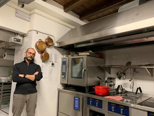 Costantino Di Claudio nella sua cucina