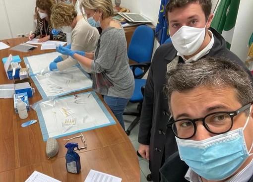 Il sindaco Cassani loda gli operatori impegnati nella vaccinazione domiciliare