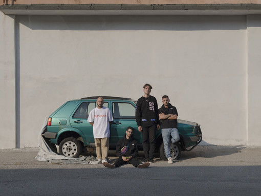 I DJSTIVO. Da sinistra: Marco Conti (basso), Lorenzo Locorotondo (tastiere), Pietro Vicentini (batteria), Riccardo Sindona (chitarra e voce). La foto è del varesino Luca Strano.