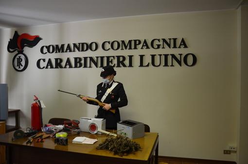 Luino, i carabinieri trovano in una casa merce rubata, un fucile e 300 grammi di marijuana