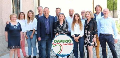 Marco Colombo presenta la squadra della civica Daverio Davvero