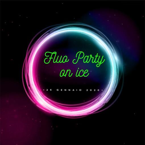 Fluo party on ice, sabato sera al palaghiaccio il divertimento è assicurato