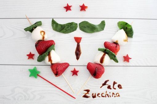 """Felici & Veloci, la nuova ricetta di Fata Zucchina: """"Spiedini tricolore"""""""
