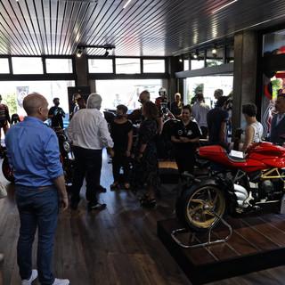 Mv Agusta sbarca in Svizzera e apre uno store a Lugano