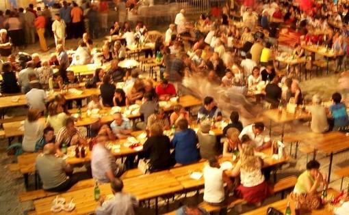 Confcommercio Varese: «No a sagre e fiere che penalizzano la ripresa di bar e ristoranti»