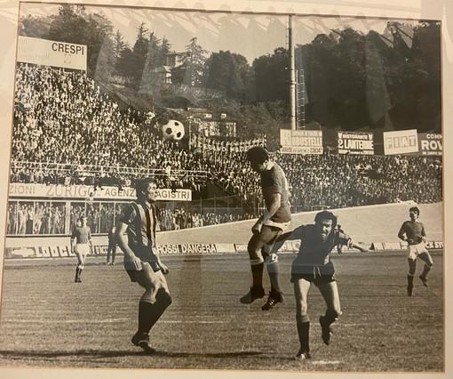 Giacomo Libera incorna in maglia biancorossa contro l'Inter. Nella galleria fotografica alcuni scatti gentilmente inviati dalla famiglia Libera