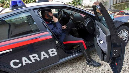 Azzate, aggredisce la moglie: arrestato dai carabinieri