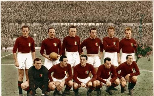 Superga, 72 anni fa la tragedia. Claudio Sala: «Il ricordo del Grande Torino sopravvive perché era la squadra degli italiani»