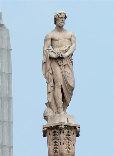 """L'azienda Goglio celebra i 170 anni di fondazione e """"adotta"""" una statua del Duomo di Milano"""