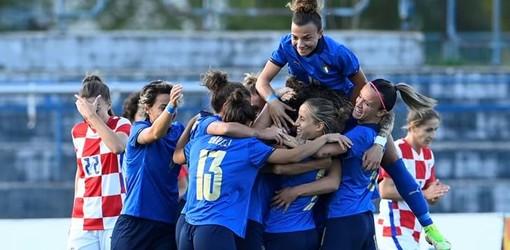 Nello scatto pubblicato dal sito ufficiale della Figc, la gioia delle Azzurre dopo la vittoria contro la Croazia