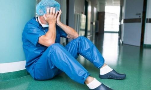 Coronavirus. I sindacati all'attacco della Regione: «Il personale sanitario va tutelato, non preso in giro»