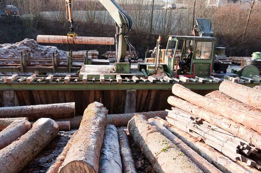 Dalla Regione 680 mila euro alle aziende della provincia di Varese del settore legno