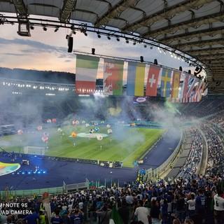 FOTO. Tre varesini all'esordio europeo dell'Italia. Bandiere e pubblico tornano a colorare l'Olimpico