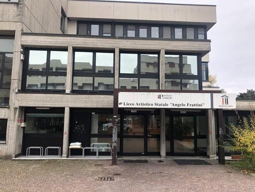 Freddo nelle scuole di Varese: il consigliere Fisco fa visita alle scuole