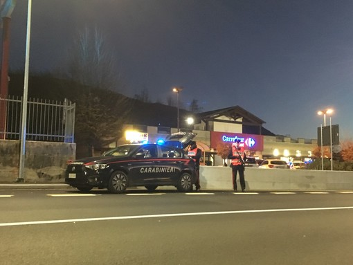 Furto da mille euro al supermercato, ragazzo arrestato dai carabinieri di Marchirolo