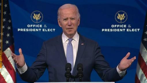 Una camicia realizzata a Ispra per il neopresidente degli Stati Uniti Joe Biden