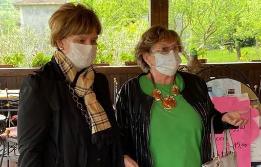 A sinistra Tiziana Petoletti con Rosa Tagliani