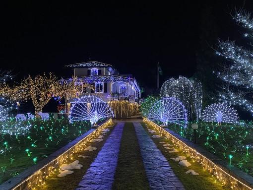 Torna lo spettacolo unico delle lucine di Natale di Leggiuno che quest'anno si faranno a Laveno