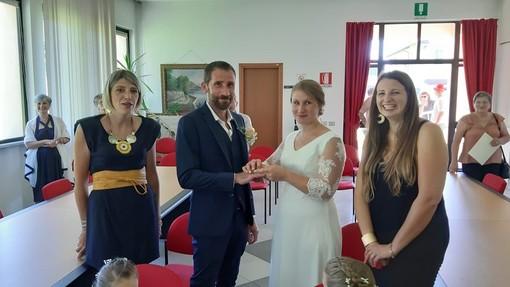 FOTO. Il primo matrimonio dell'anno a Malgesso nell'era post Coronavirus
