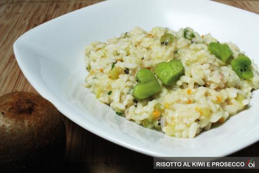 MercoledìVeg di Ortofruit: oggi prepariamo il risotto al kiwi e prosecco