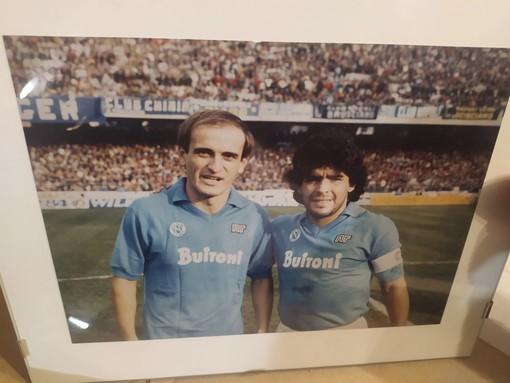 Qui, con Diego Armando Maradona, e nella galleria fotografica, alcune delle foto a cui Moreno Ferrario è più legato