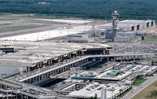Bastoni e Scurati (Lega): «Tuteliamo i lavoratori di Alitalia e l'hub di Malpensa»