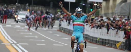 Nibali vince la Tre Valli del 2015, quella che era partita proprio da Busto