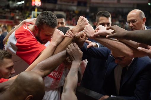 Una grande vittoria di squadra per la Pallacanestro Varese (foto Fabio Averna)