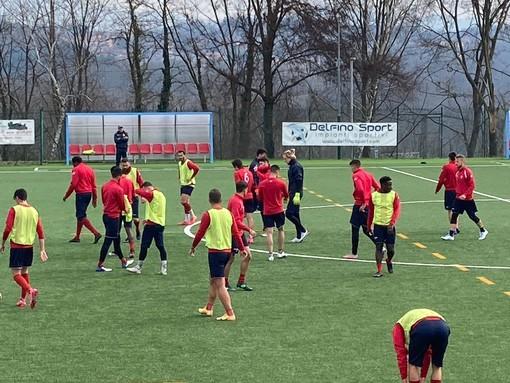 Biancorossi in Val d'Aosta con i rinforzi. Rossi: «Vedono nel Varese il Real Madrid, proprio come me»