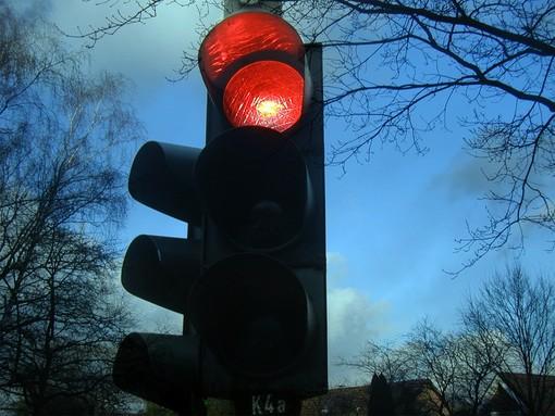 Lavori in corso a Brebbia, spenti i semafori delle vie Roma, Marconi, Garibaldi e Mazzini