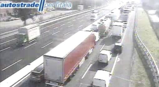 La situazione in A8 registrata dalle telecamere di Autostrade per l'Italia
