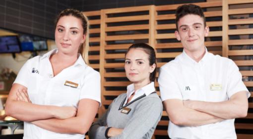 TROVALAVORO. I McDonald's di Varese, Malnate, Solbiate Arno e Induno Olona sono alla ricerca di personale: ecco come candidarsi
