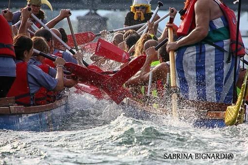 """I Dragonboat sono pronti a """"ruggire"""", al via domenica il palio dei rioni di Sesto Calende"""