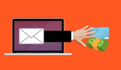 Allarme del Codacons per una nuova truffa via mail su falsi rimborsi Amazon
