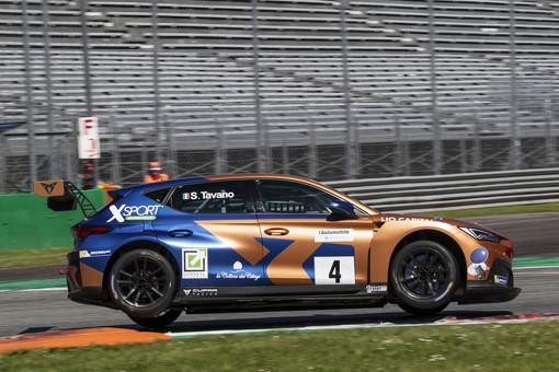 Salvatore Tavano, a bordo della sua CUPRA Leon Competicion, durante la prima gara a Monza. Le foto sono di Maurizio Rigato.