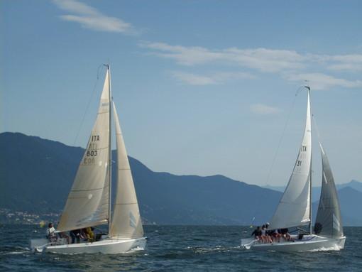 Torna in acqua a Cerro di Laveno la vela del Trofeo Giacomo Ascoli
